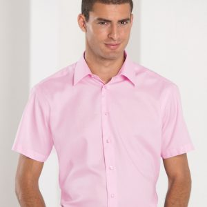 Russell Collection Men's Short Sleeve Tailored Ultimate Non-Iron Shirt